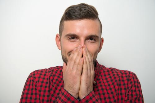 鼻を触る人の心理が知りたい!心の奥にある本音とは?-2