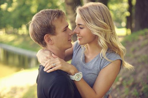 女性からキスする心理を知って恋愛上手になろう!
