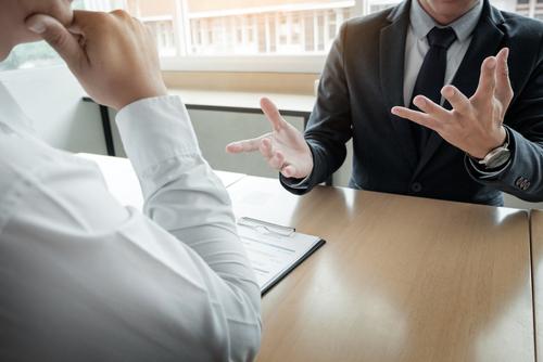 よく喋る人の心理にはどんな思いがあるの?