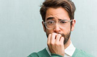 臆病な人の心理とは?特徴と性格を直す方法について