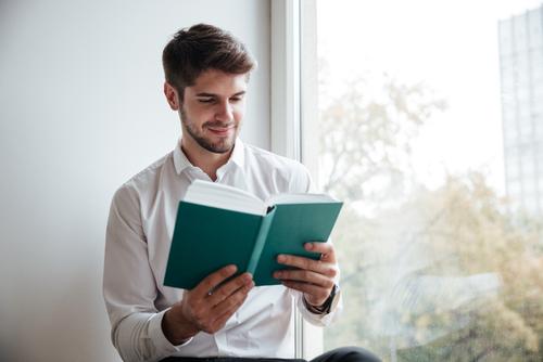 読書好きの心理と特徴!そのメリットについて