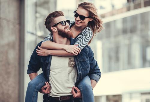 理想の彼氏の条件として女性が思うのはどんな男性?