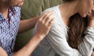 すぐ泣く心理は女性の恋愛駆け引き?それとも…