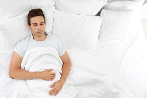 寝落ち通話する心理・電話を切るタイミングとは