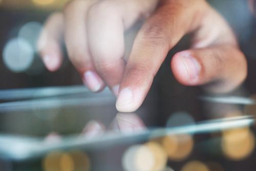 深爪する人の心理と爪でわかる人の特徴