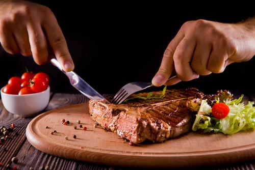 肉が食べたい心理・気になる理由について
