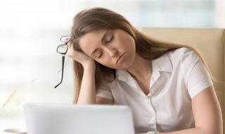 眠いアピールをする心理を汲み取る方法