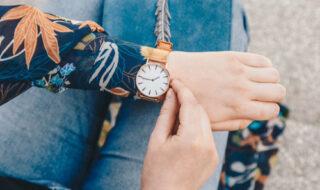 金の腕時計をつける心理と光りものの魅力