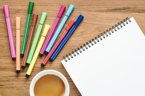 ペンの色の心理とは?選んだ色でわかること
